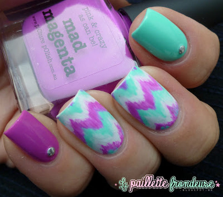 17 Chevron Nails - Beautiful pastels look great with these chevron nails.
