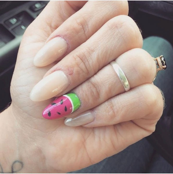 17 Fruit Nails - Bring out the fruit with a colorful and delicious accent nail.