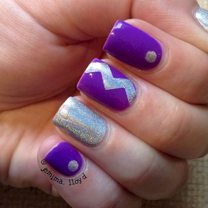 19 Purple Nails - Silver and purple looks great together.
