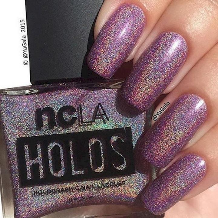 19 Purple Nails - Let the purple glitter flow!