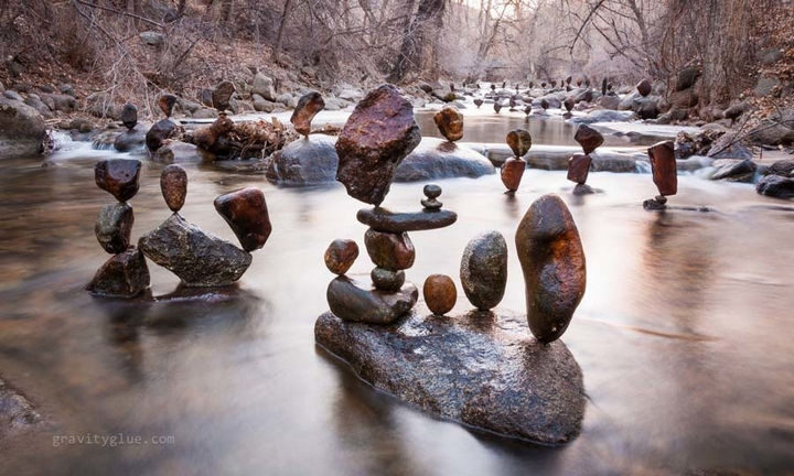 The sculptures he creates are breathtaking and unbelievable.