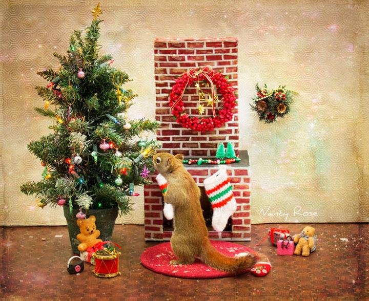 That Christmas tree look marvelous!