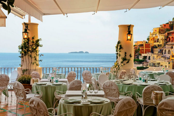 39 Amazing Restaurants With a View - Ristorante La Sponda in Positano, Italy.