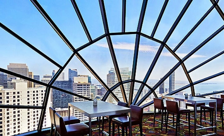 39 Amazing Restaurants With a View - The View in San Francisco, California, USA.
