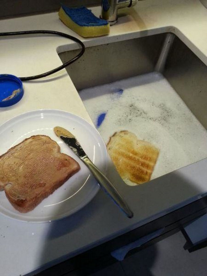 28 People Having a Bad Day - Time to make more toast!