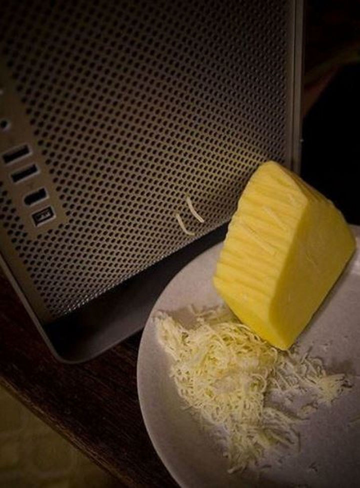 18 Funny Life Hacks - Mac and cheese? Apple Power Macs are more versatile than I thought.
