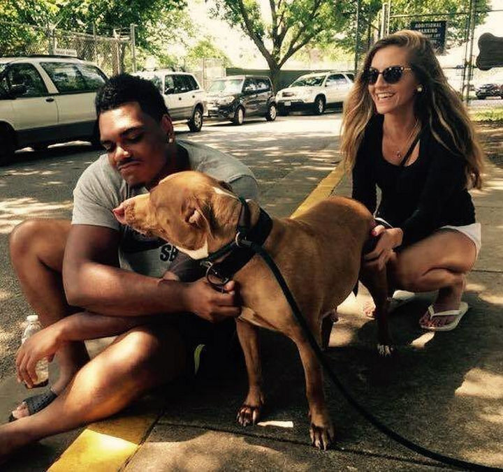 """20 Photos Will Restore Your Faith In Humanity - First round 2016 NFL Draft pick and offensive tackle Ronnie Stanley asked to adopt the """"least adoptable dog"""" at an animal shelter in Baltimore."""
