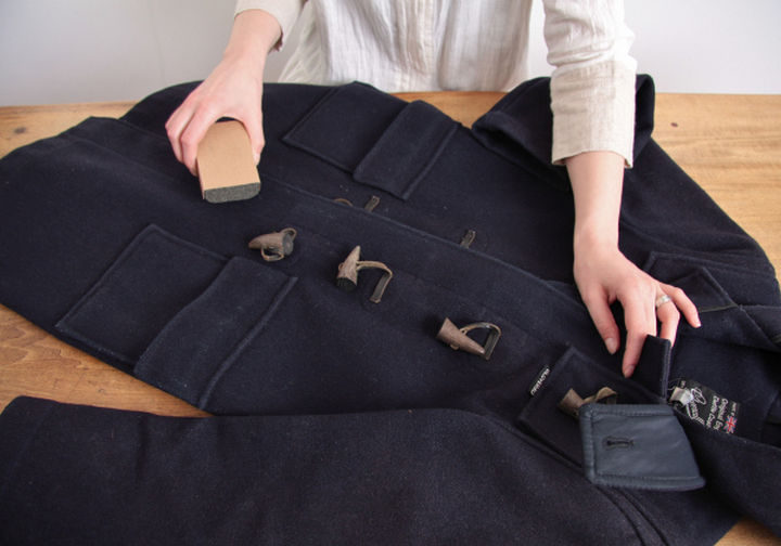 22 Kickass Life Hacks for Girls - Remove lint from clothing by using a pumice stone.