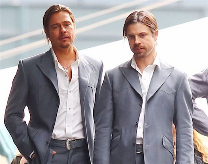 """23 Celebrities Hanging Out With Their Stunt Doubles - Brad Pitt and his stunt double on the set of """"The Counselor."""""""