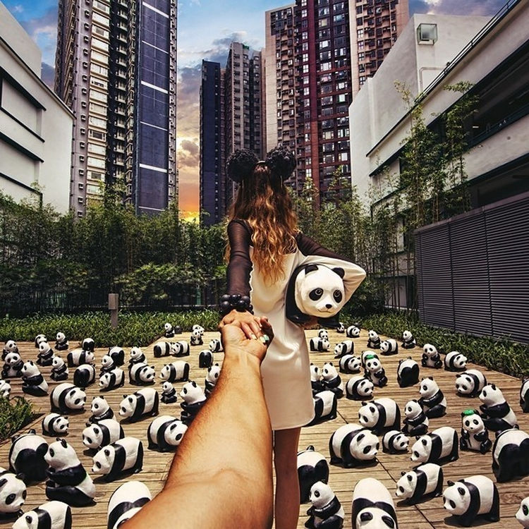 Follow Me To The 1600 Pandas World Tour, Hong Kong.