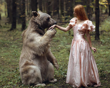 Russian Photographer Takes Mind-Blowing Photos of Models With REAL Animals