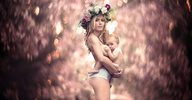 13 Stunning Photos of Women Breastfeeding Their Babies.
