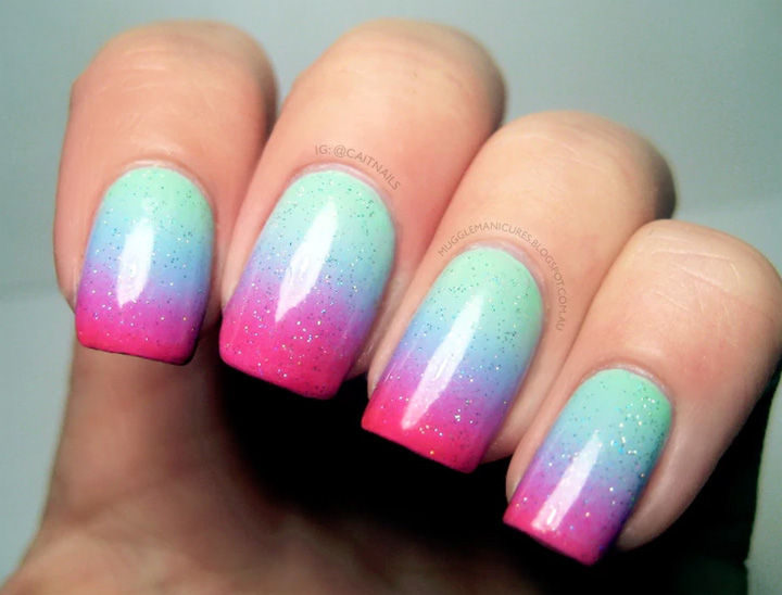 17 Gradient Nails - Pastel gradient with beautiful neon tips.