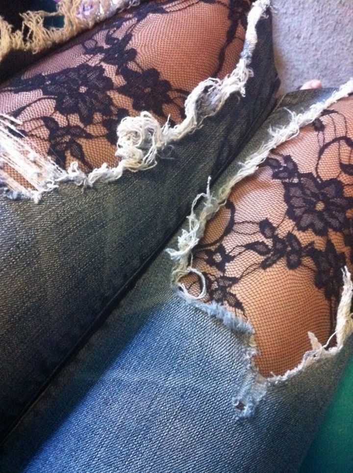 17 Brilliant Clothing Hacks - Wear tights under your ripped jeans to make them rock.
