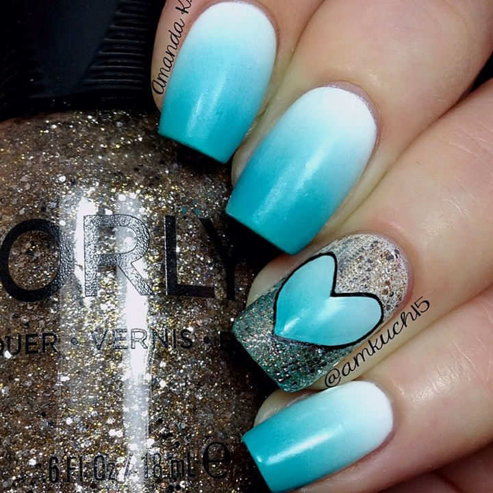 Pretty ombré nails with an even prettier gradient heart!