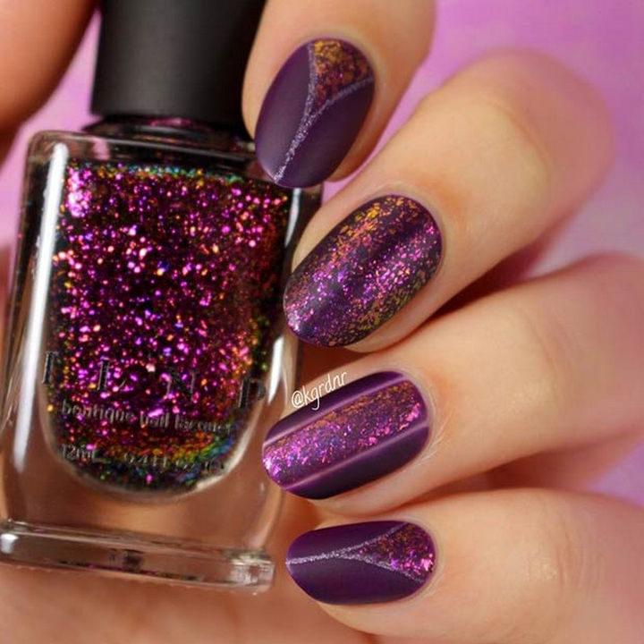 20 Matte Nails - Dark purple glittering matte nails.