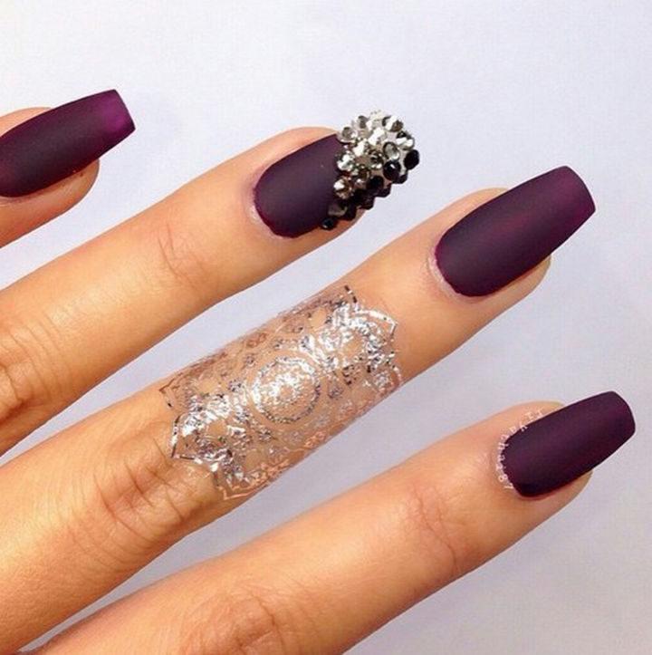 20 Matte Nails - Loving these dark purple matte nails.