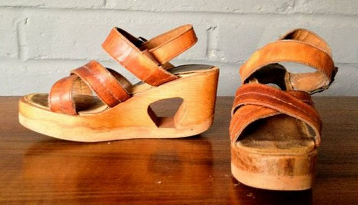 34 Things If You Grew Up in the 60s or 70s - If you were a teenage girl, you most likely had a pair of these.