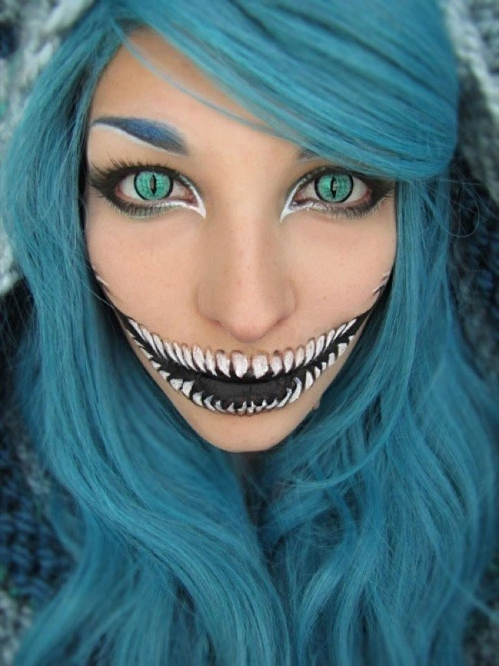 37 Scary Face Halloween Makeup Ideas - Cosplay Chesire Cat.