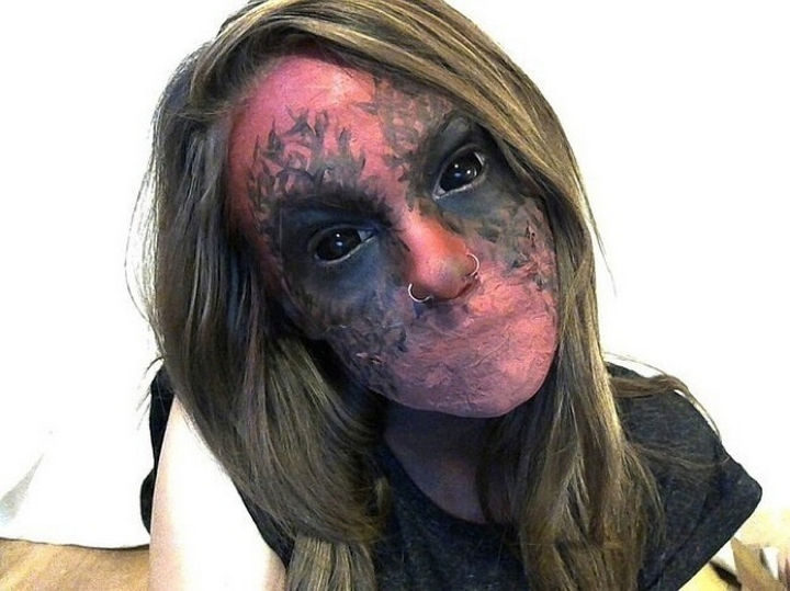37 Scary Face Halloween Makeup Ideas - A mouthless demon.