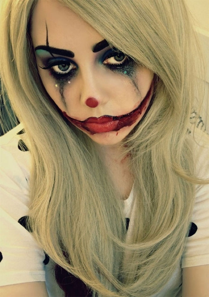 37 Scary Face Halloween Makeup Ideas - Sad clown.