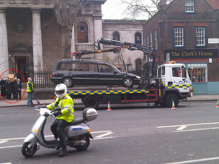 "19 Bad Parking Fails - When they say ""no parking"" in London, they really, REALLY mean it."