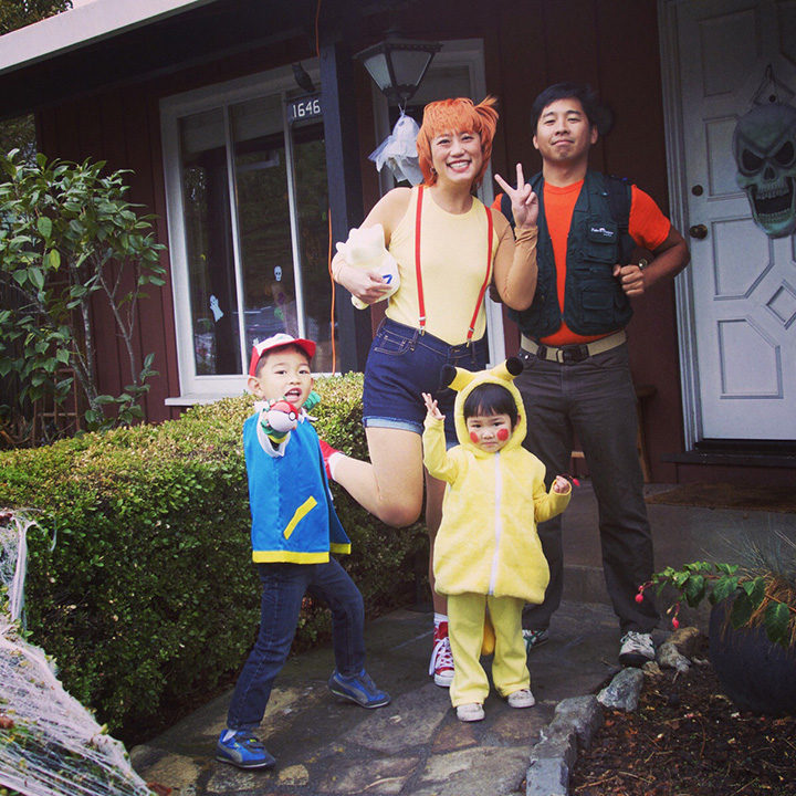 20 Pokémon Costumes for Halloween - Pokémon family costume.