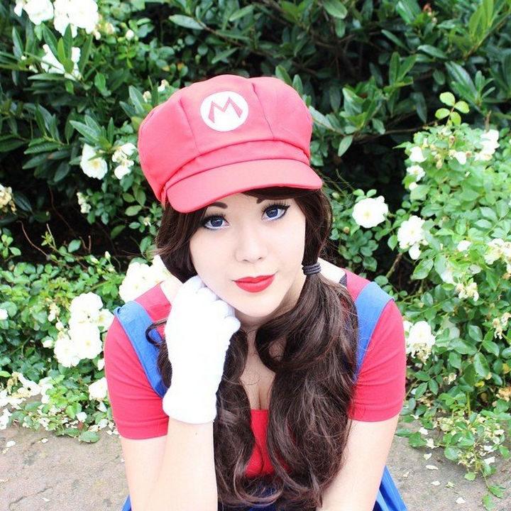23 Super Mario and Luigi Costumes - Awesome Super Mario Costume cosplay.