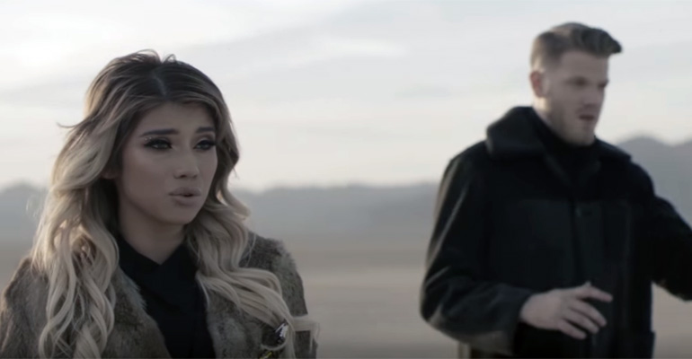 Pentatonix Performs Cover of Leonard Cohen's 'Hallelujah'.