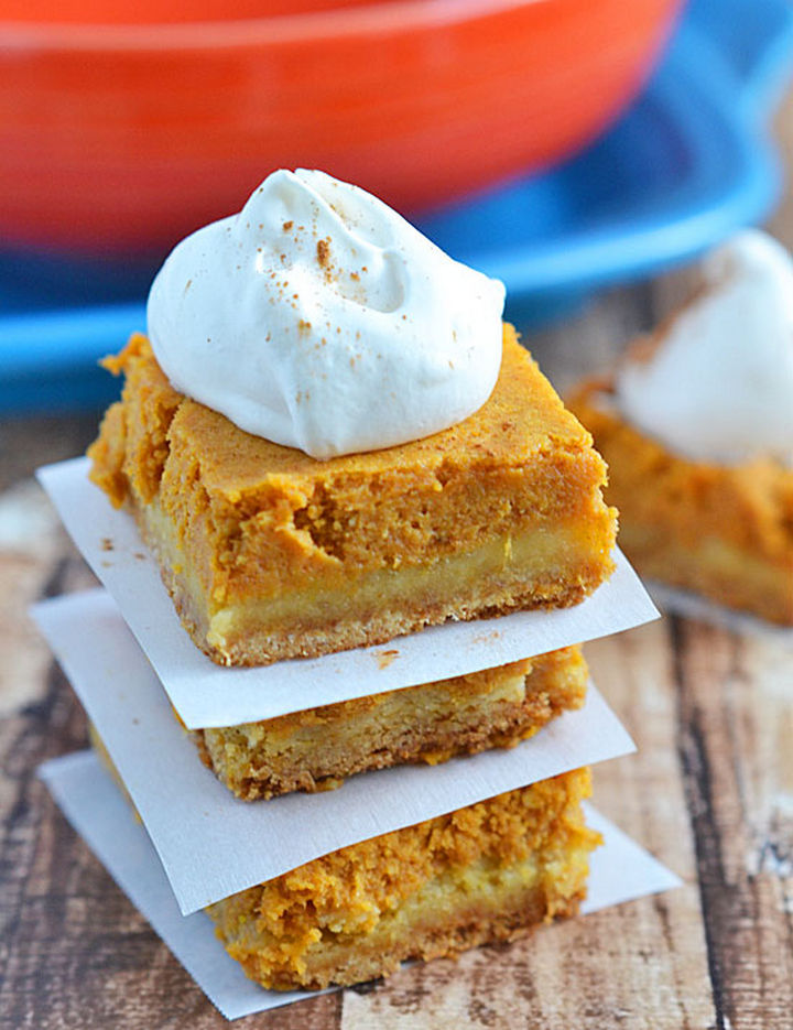 20 Top Pinterest Thanksgiving Recipes - Pumpkin Gooey Butter Cake.