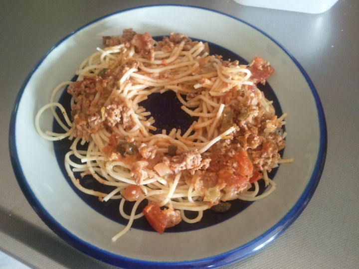 21 Everyday Life Hacks - Space out a circle in your food when reheating in the microwave.
