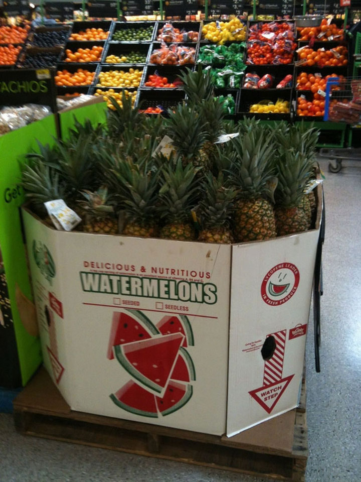 25 People Who Simply Had One Job - Delicious and nutritious watermelons!