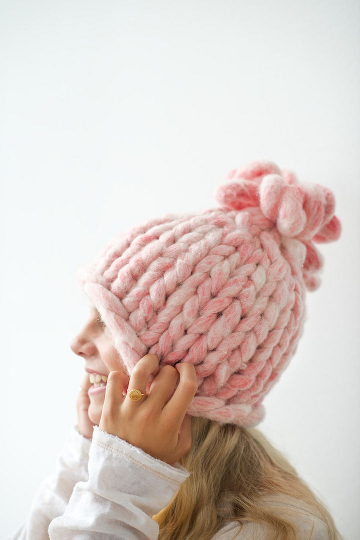 18 DIY Winter Clothes and Accessories - Knit a super cozy chunky knit hat.