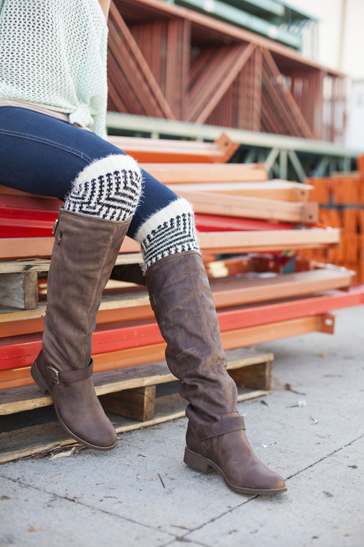 18 DIY Winter Clothes and Accessories - Add some style and warmth to your boots with DIY boot socks!