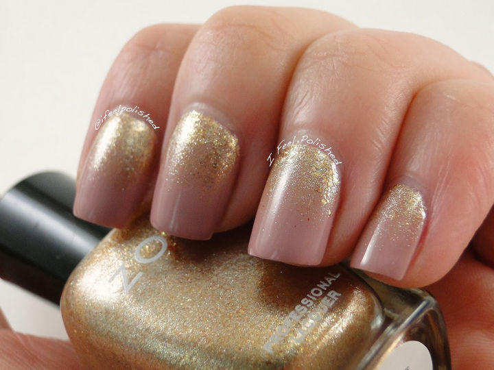 18 Reverse Gradient Nails - Striking gold gradient created with a makeup sponge.