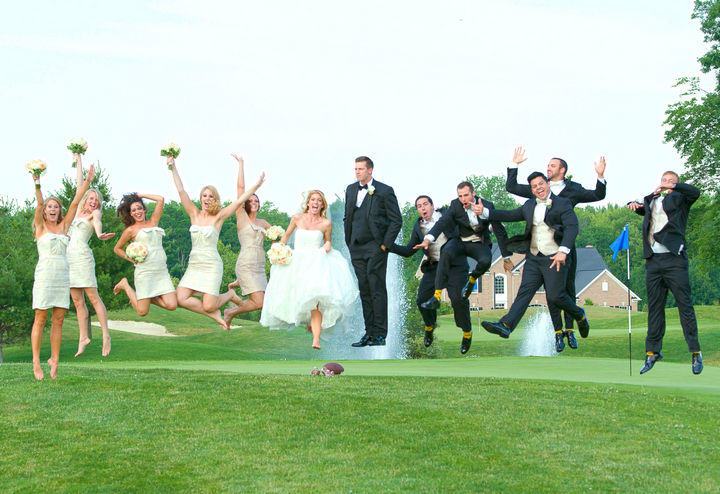 25 Funny Photoshop Trolls - When the groom asks to be Photoshopped into one of the wedding photos.
