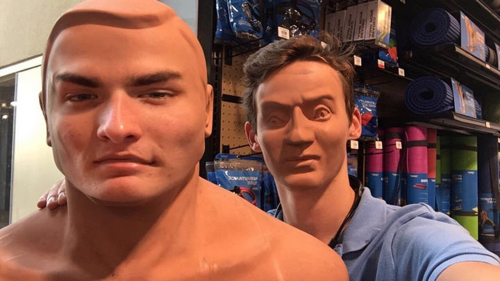 26 Funny Photos - This will give me nightmares. No more face swaps please...