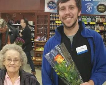 Woman Writes What Happens to Her While Shopping at Kroger's and It Goes Viral