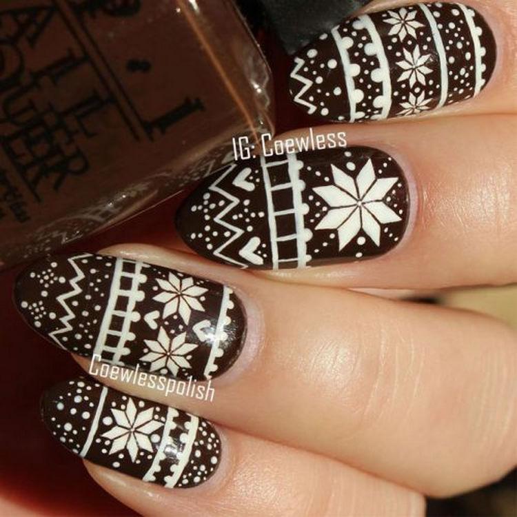 17 Winter Nails - Creative sweater nail art design.