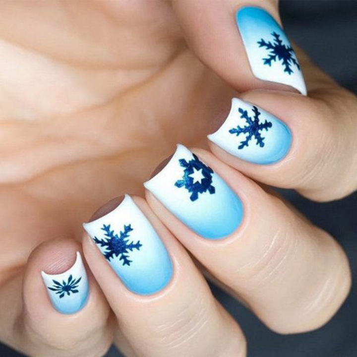 17 Winter Nail Designs - Cool winter nails that are as pretty as a snowflake.