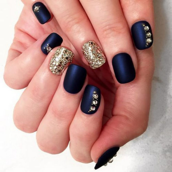 17 Winter Nail Designs - Cool blues and silver and gold never looked better.