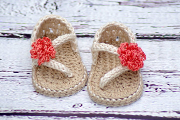 The patterns are available on Etsy and are highly-rated.