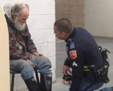 A Homeless Man Didn't Want to Leave the Store. This Officer Then Learns the Heartbreaking Truth…