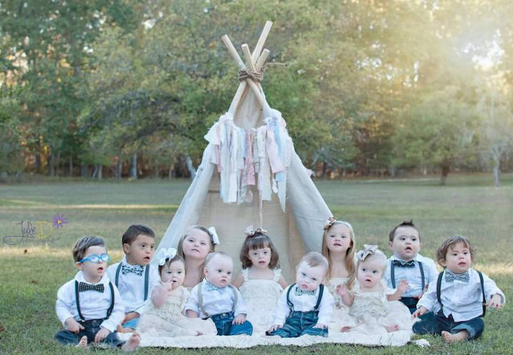 Julie Willson is a photographer based in New Jersey and wanted to celebrate children with Down syndrome with a special photoshoot.