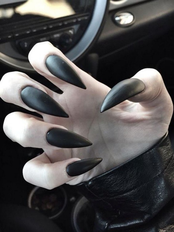 17 Metallic Nails - Make a statement with these intense stiletto nails.