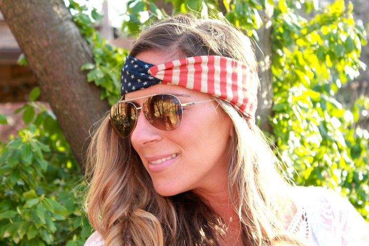 13 Handmade Gifts from Etsy - Proud American Flag Headband.