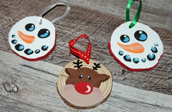13 Handmade Gifts from Etsy - Wooden Christmas Ornament (Set of 2).