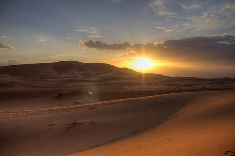 27 Beautiful Sunsets - The Sahara Desert.