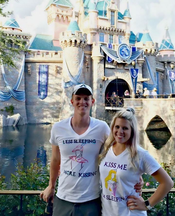 17 Couples T-Shirts - A prince and her princess.