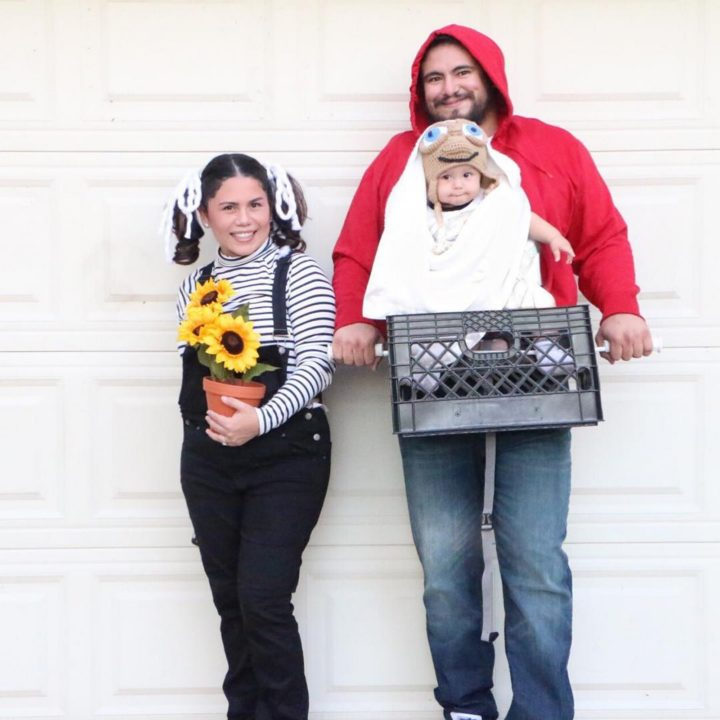 17 Funny Halloween Costumes for Babies - E.T. with Elliott and Gertie costumes.